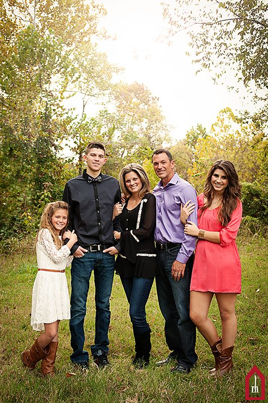I want this..Modified for my little family of course. Since I only have a family of 3. But It is gorgeous! Family Photograph | Teenagers | Family of 5 | Copyright Jonna Nixon/Red House Photography 2013  Would be cute for a family of three with mom dad and daughter holding on to dads arms.