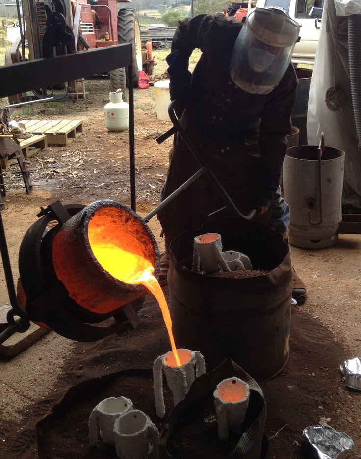 Sydney Sculpture School foundry pour