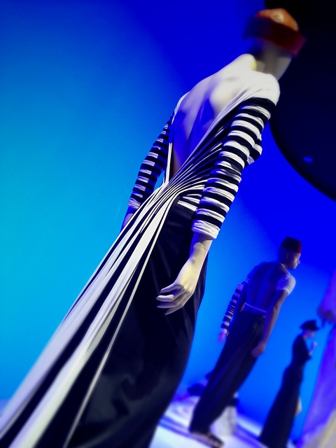 Ravelry: Yarnissimas Jean Paul Gaultier @ KUNSTHAL from sidewalk to catwalk Something like that would make an AMAZING bustle skirt for steampunk
