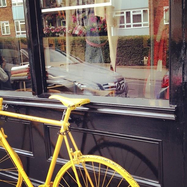 #london #seen #nottinghill (Taken with Instagram)