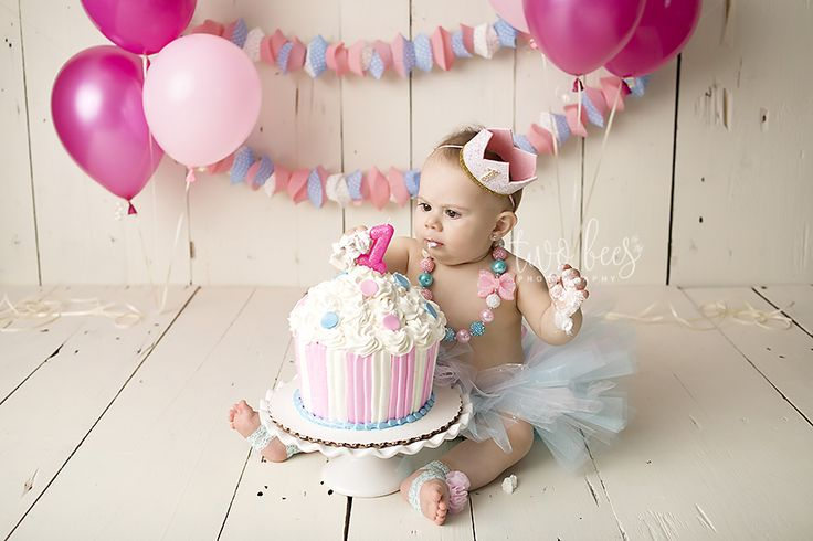 First birthday photo session cake smash session one year session baby photography cake smash photography http
