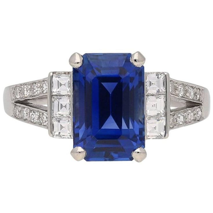 Art Deco Ceylon Sapphire and Diamond Ring, circa 1935