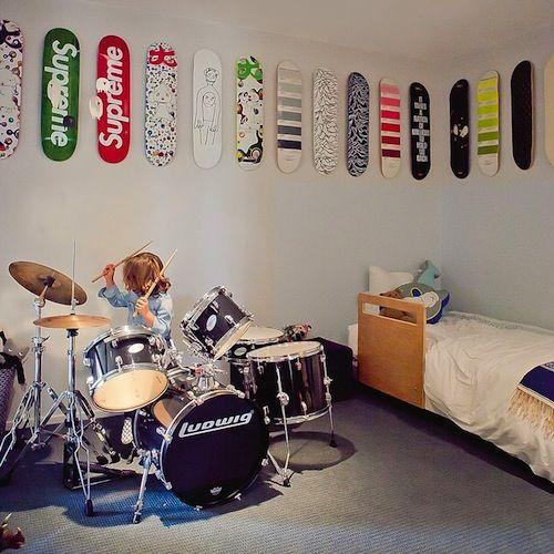 rock n roll kids room teenager zimmer dekorkinderzimmer - Skateboard Regal Kinder Schlafzimmer