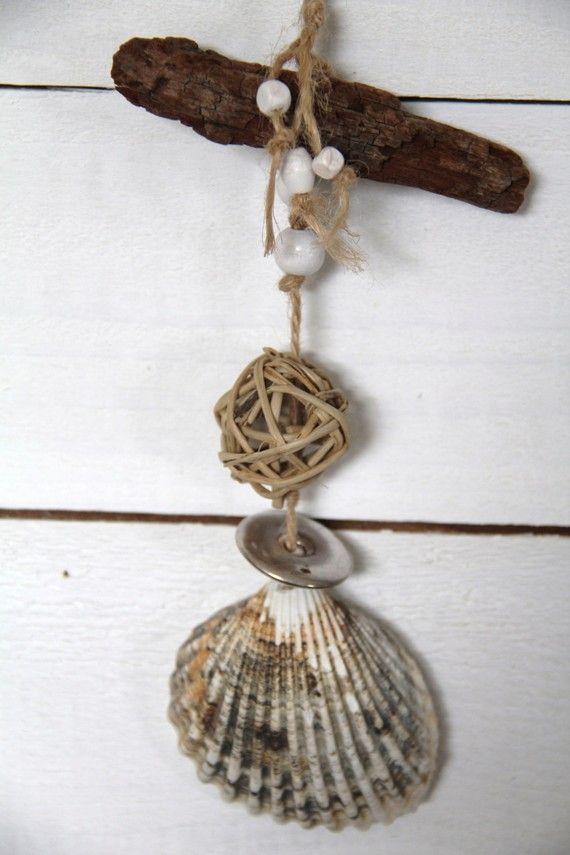 Suspension pour déco en coquillage et bois flotté