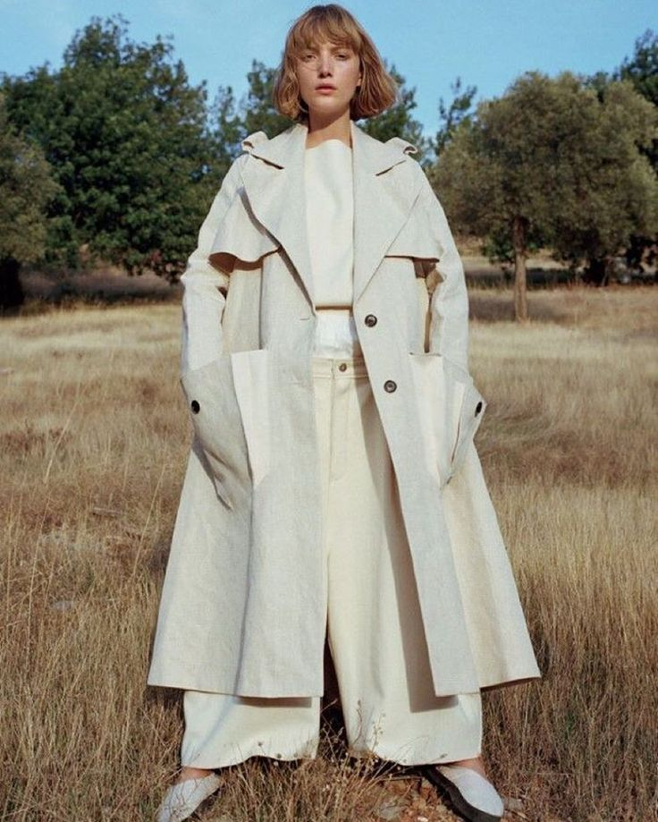 #Trapeze #silhouettes continue to inspire #outerwear, #dress and #top categories for #SS17 , and we like how structured this #trenchcoat is, moving on the more fluid styles from previous seasons. Image from #VogueUK January 2016. #WomenswearWeekend by @Laura_wgsn. #Vogue #fashion #fashiondesign #fashioneditorial #trend #trends #trendforecast #fashiontrends #fashionmagazine #womenswear #trench #design #colour #minimalist #designcapsule #wgsn