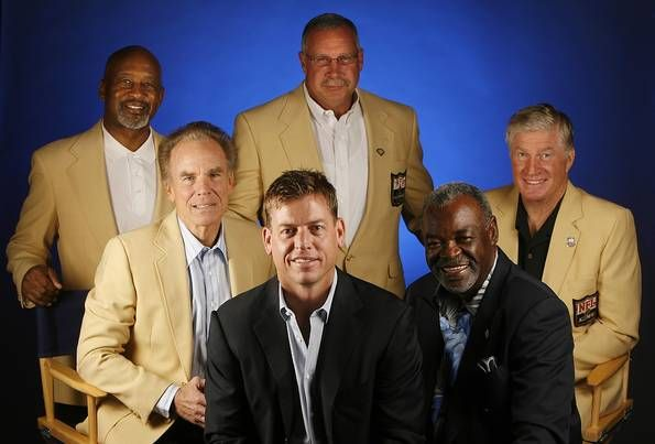 Dallas Cowboys Pro Football Hall of Fame players (from left) Mel Renfro, Roger Staubach, Troy Aikman, Randy White, Bob Lilly, and Rayfield Wright photographed on Wednesday, April 26, 2006 at Valley Ranch in Irving.