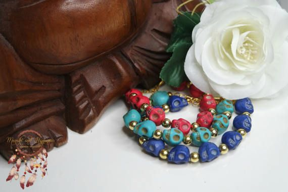 Skull bracelets in 3 colors: https://www.etsy.com/nl/listing/517905003/schedel-armband-schedel-turkoois-armband