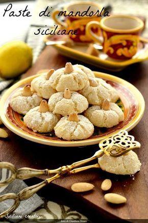 Paste di mandorla siciliane - Sicilia almonds cookies #cookiesofinstagram #cookies #biscotti #biscuits #pastedimandorla #sicilia #glutenfree #senzaglutine #almond #gebäck