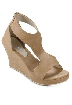 Beli di: http://matakristal.com/koleksi-sepatu-wanita/