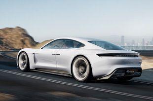 [from Autoblog JP]ポルシェは14日、フランクフルト・モーターショー開幕前夜に催された「フォルクスワーゲン・グループ・ナイト」において、電気自動車のコンセプトカー「ミッション E」を初公開した。