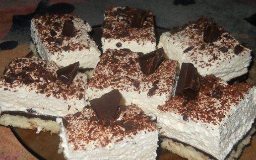 Retete Culinare - Prajitura cu nuca de cocos si ciocolata