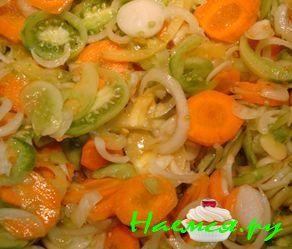 Салат из зелёных помидорчиков