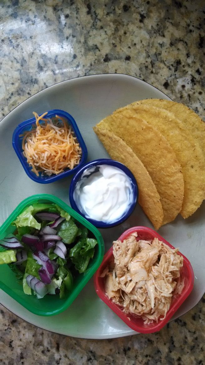 21 Day Fix Shredded Chicken Tacos. This site has her full 21-day menu! Great for inspiration!