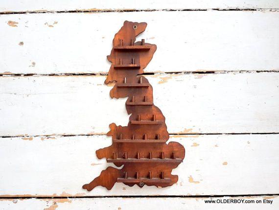 Vtg Great BRITAIN Thimble Rack Vintage Wall thimble Holder Wall Decoration uk map keys holder GB UK shelf for thimbles organiser C01/775