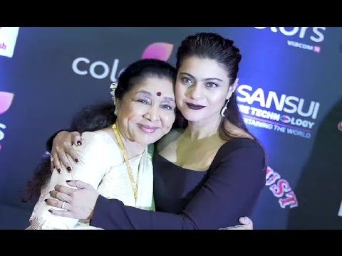 Kajol Devgan & Asha Bhosale At Sansui Stardust Awards 2016.