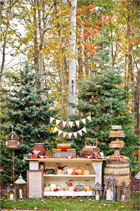 rustic dessert table and details #desserttable #rusticwedding #weddingchicks http://www.weddingchicks.com/2014/02/19/michigan-fall-favorites-wedding-inspiration/