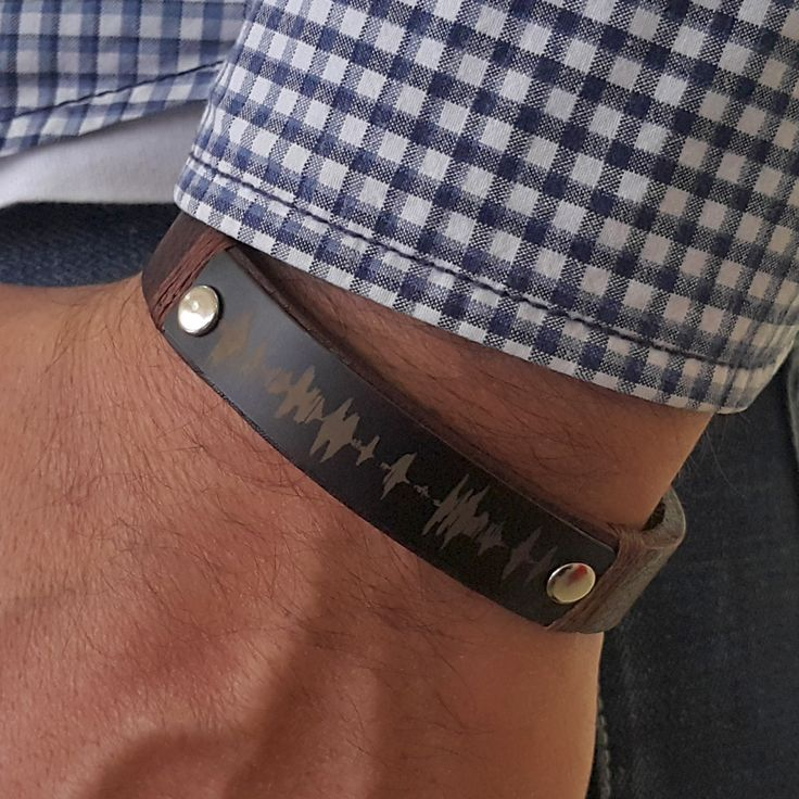 Personalized Sound Waves Leather Bracelet Memorial Gift for Guys Your Own Voice Recording Husband Boyfriend Anniversary Gif Graduation Gift