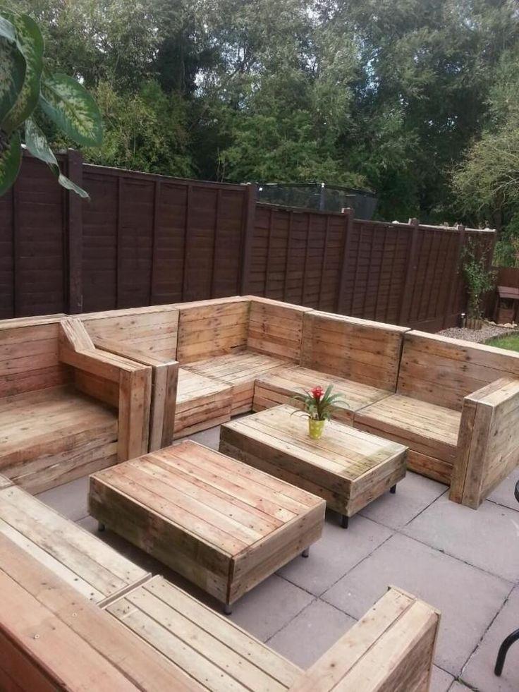 Las 25 mejores ideas sobre patio trasero moderno en for Pileta palets