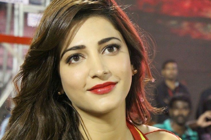 Best Shruti Hassan Wallpapers Hot and HD