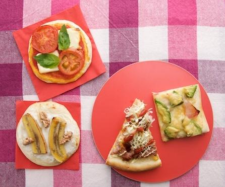 デザートに、ヨーグルトとバナナのはちみつピザ。/もっちり手打ちパスタ&手作り生地のあつあつピザ(「はんど&はあと」2013年3月号)