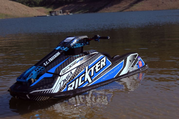Leading personal watercraft manufacturer Rickter-RRP has just launched its model lineup for 2016 – featuring the top-of-the-line XFS Ninja Competition freestyle jet ski reinforced by TeXtreme®.  For the 2016 XFS NINJA Competition, Rickter collaborated with Formula One composite engineers to develop a new layup that is lighter, stronger and stiffer as a result of using TeXtreme® Spread Tow carbon fiber fabrics. www.textreme.com
