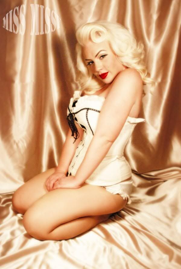 Fantastic 1000 Images About Pin Up Girl Outfit Ideas On Pinterest Short Hairstyles Gunalazisus