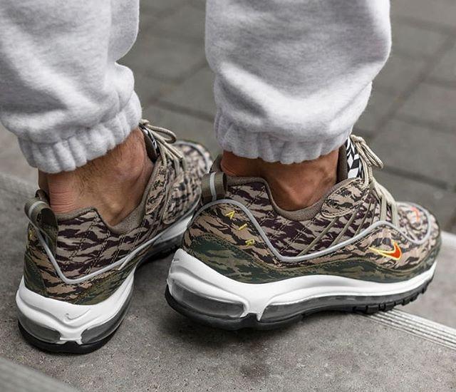 Mecánico persona que practica jogging Basura  Nike Air Max 98 AOP Tiger Camo Size Man - Precio: 199 (Spain & Portugal  Envíos Gratis a Partir de 99) www.loversneakers.com #l… | Nike air max,  Sneakers, Nike air