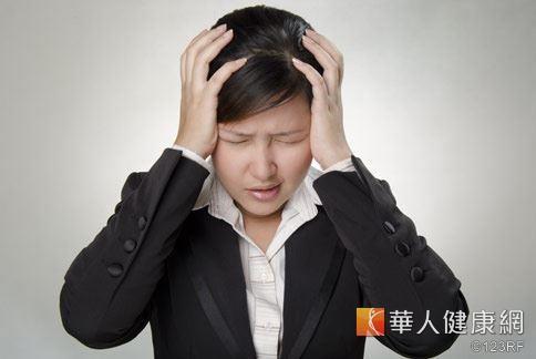 女性發生偏頭痛情況中,有50%是出現在月經前後時段。