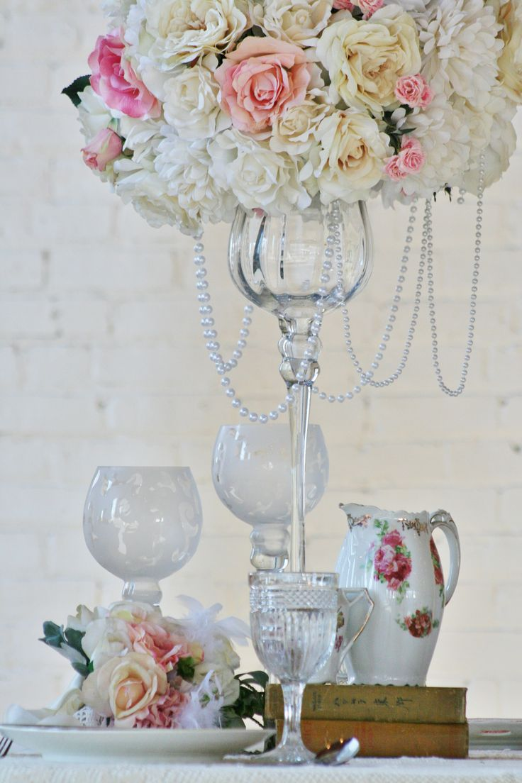 15 best Centrepieces images on Pinterest   Table centers, Candles ...