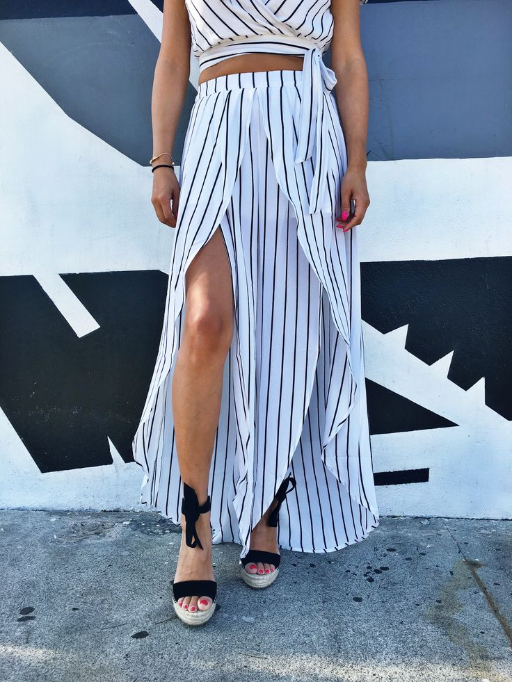 spring fashion, summer fashion, two piece set, stripes, stripe two piece set, summer outfit, spring outfit, birthday outfit, fashion outfit, fashion inspiration, stripes, vacation outfit, girls night out outfit, date night outfit, beach outfit, fashion inspo