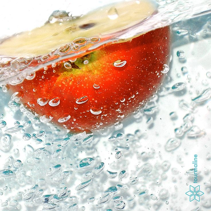 #fruits_in_water #tourmalinepro #free_Images #apple #apple_half #red #yellow #spray #bursts #drops #spike #blob #splash #water #blue #bubbles