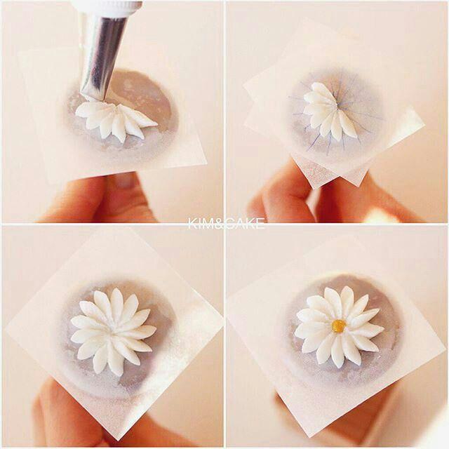 Buttercream daisy