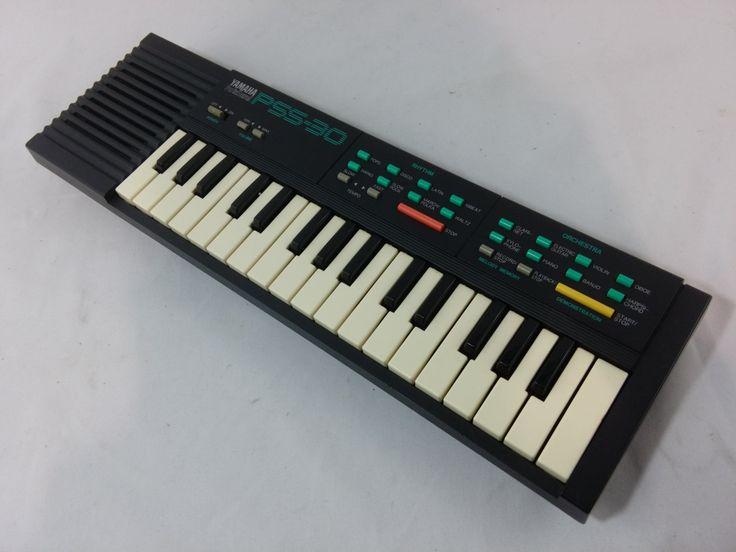 Vintage 1987 Yamaha PortaSound PSS-30 Electronic Mini Keyboard 32 Keys 8 Rhythms 8 Instruments Recording Playback Memory Electric Piano