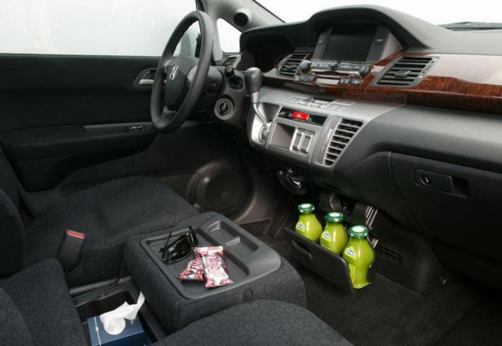 Honda FR-V used - http://autotras.com