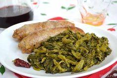 Salsiccia e friarielli, scopri la ricetta: http://www.misya.info/2015/03/01/salsiccia-e-friarielli.htm