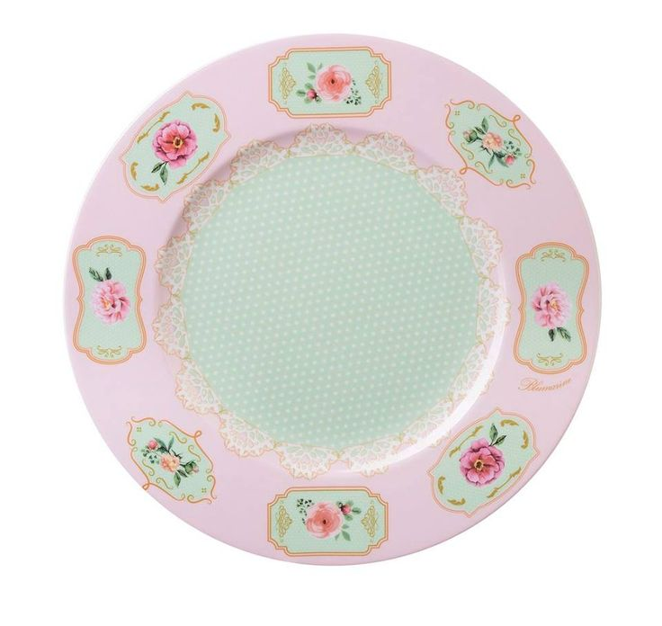 """Romantic Doily"" 2017 Blumarine Home Collection - charger plate.  Discover the new collection at Salone del Mobile, Milan.  Info: blumarinehome@arnolfodicambio.com  Salone del Mobile - Fiera Milano Rho"