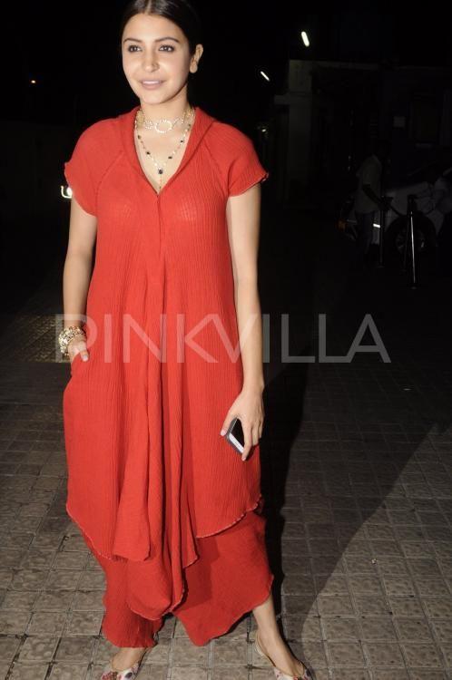 Ranbir Kapoor and Anushka Sharma caught a screening of their movieAe Dil Hai Mushkiltoday. Their lovely co-star Aishwarya Rai Bachchan was missing ...