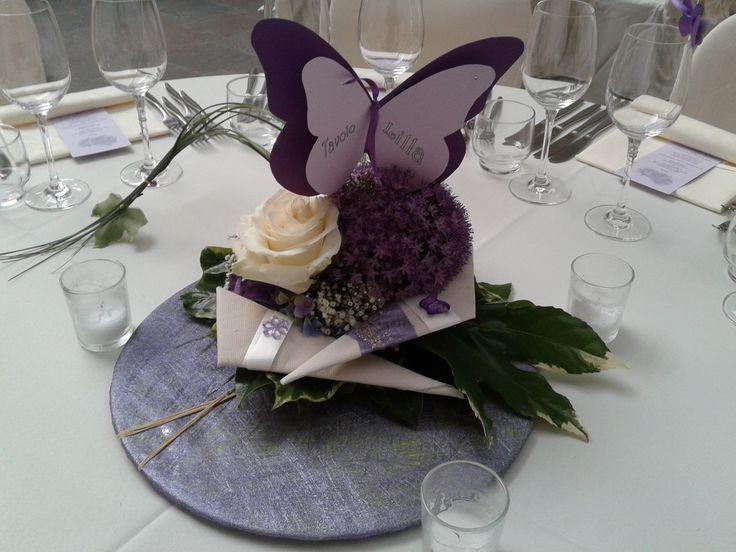 Centrotavola a tema Farfalle in viola e lilla
