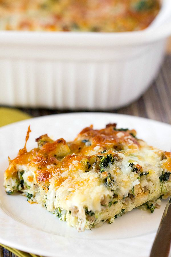 Cheesy Sausage Spinach Breakfast Casserole
