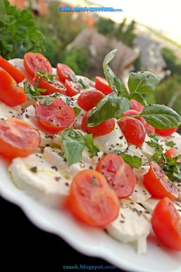 INSALATA CAPRESE (friss mozzarella saláta)