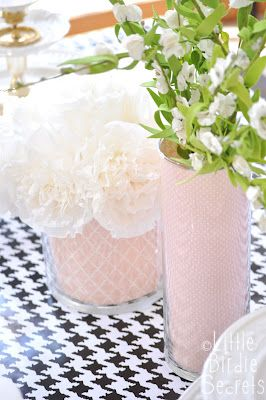 make your own easy custom vases on the cheap!Decor Ideas, Custom Vases, Scrapbook Paper, Easy Custom, Glasses Vases, Weding Centerpieces, Diy, Crafty Flower Vases, Wedding Centerpieces