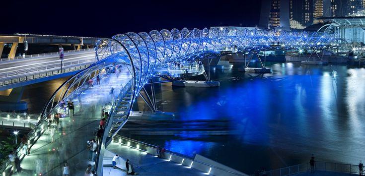 Helix Bridge Marina Bay Singapore Ispirato alla doppia elica del DNA progetto dagli studi di architettura COX Group Pte Ltd e Architetti 61