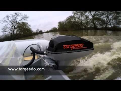Vidéo de l'essai du Torqeedo Deep Blue 40 sur un semi-rigide Zeppelin. Retrouvez l'essai complet sur : www.hors-bord-electrique.com