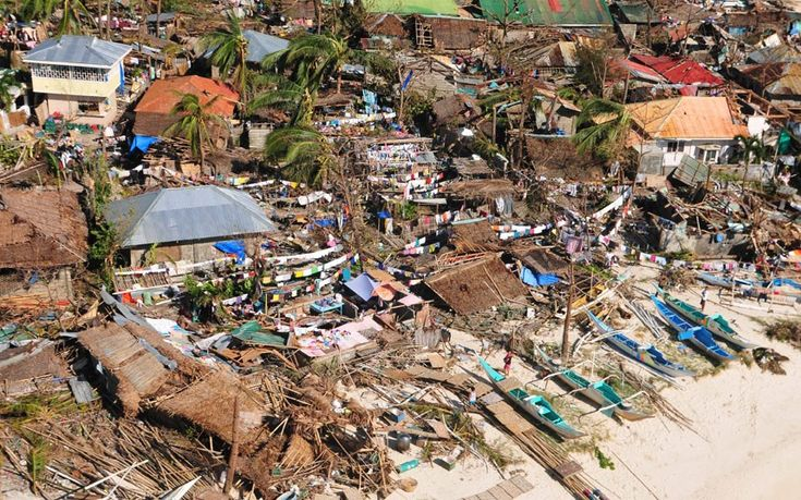 SU Typhoon Haiyan: at least 10,000 dead as angry survivors berate Philippines President Benigno Aquino - Telegraph