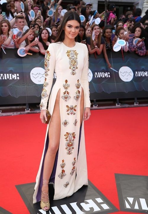 Kendall Jenner arrives at the 2014 MuchMusic Video Awards at...