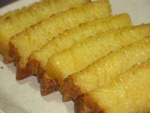 http://tipstipskesehatan.tumblr.com/post/113146261566/resep-kue-bika-ambon