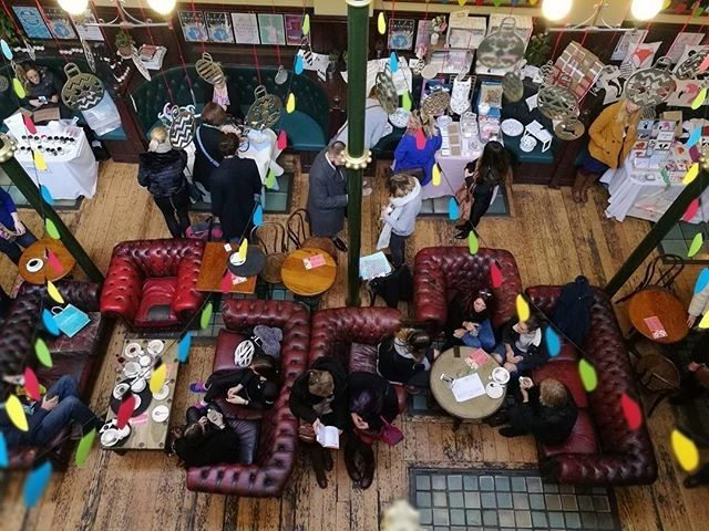 regram @danhodgett So much happening in town today. Firstly the busy @hnmarkets xmas market @maltcross