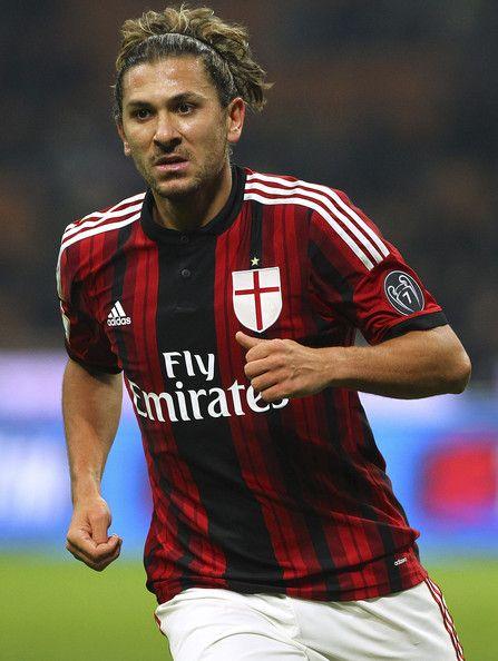 AC Milan Spot: Genoa favorites in Cerci race