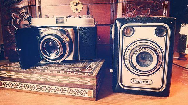 New Stuff  #Photo #photoofday #vintage #ishootfilm #filmisnotdead #cameraporn #camera #35mm #filmcamera #Düsseldorf #radschlägermarkt @AppLetstag #fleamarket #antique #flohmarkt #retro #fleamarketfinds