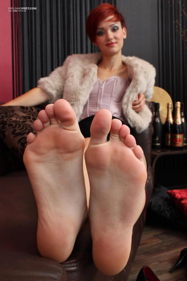 Ff24 big beautiful soles unpolished toes 1 9